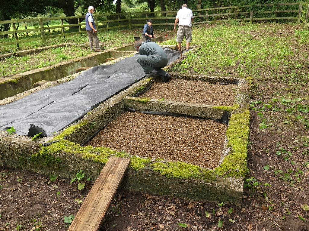 How To Make A Shed Base With Railway Sleepers - Step for ...
