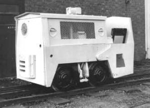 Motor Rail loco - as built, with mines-type exhaust and no cab